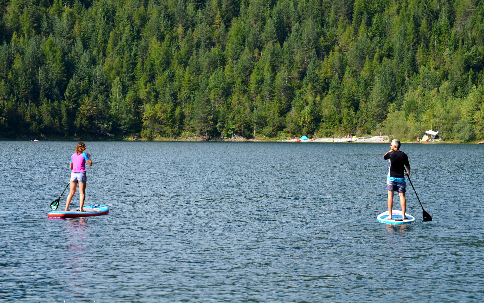 3_alpine_lake_with_sup
