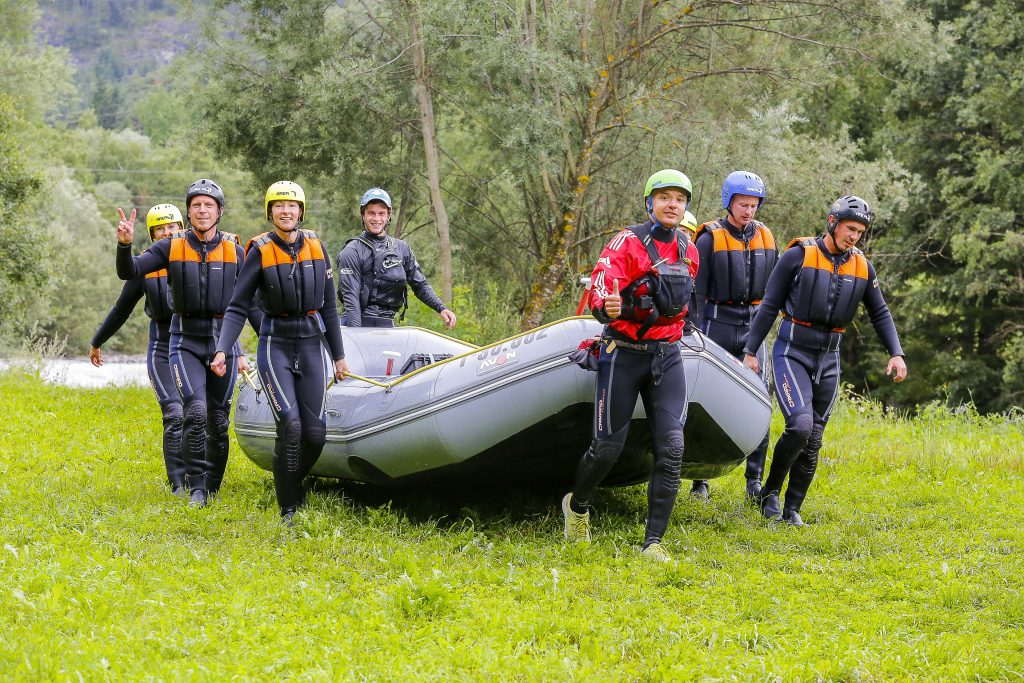 Rafting_OetztalerAche_with_russian_guide_Sergey