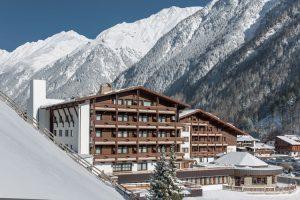 Hotel in Winter © Tyrolerhof foto