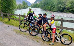 Cycling in Inntal © ALPLUX foto